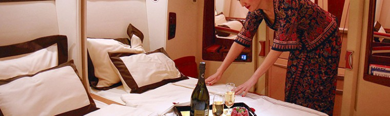 First Class, ห้องโดยสารชั้นหนึ่ง, โรงแรมบินได้, รีวิวสายการบิน, Singapore Airlines, Etihad Airways, Air France, Asiana Airlines, Qantas Airlines, Emirates, All Nippon Airways, ANA, รีวิว, review, pantip, luxury airlines