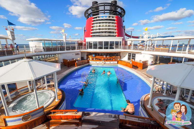 Disney Cruise Line,Disney Magic,ล่องเรือสำราญดิสนี่ย์ เมจิก,รีวิว,ราคา,Castaway Cay,pantip,7-Night Halloween on the High Seas Bahamian Cruise from New York,Walt Disney World,Disney's Animal Kingdom,Disney Magic Kingdom,Deluxe Inside Stateroom,Aqua Lab,Oceaneer Club,Aqua Dunk,Animator's Palate