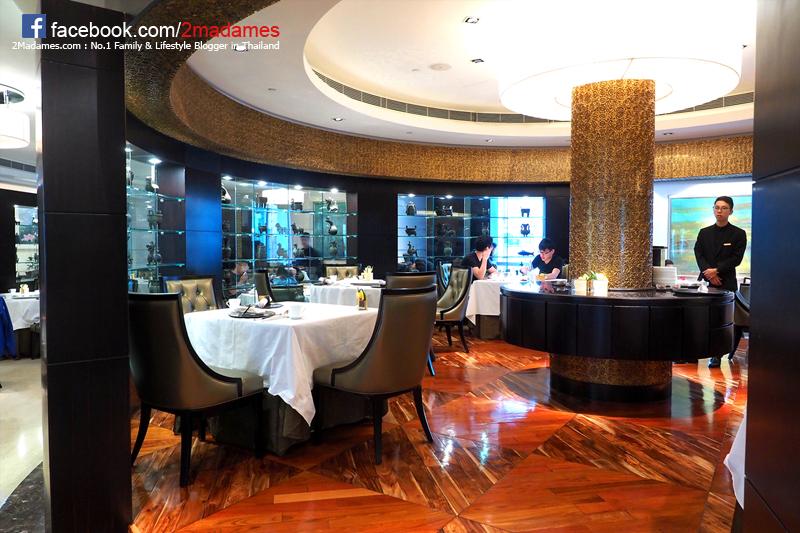 เที่ยวฮ่องกง,IRON MAN EXPERIENCE,Hong Kong,รีวิว,pantip,มิชลินสตาร์,Moomin Café,วัดหม่านโหมว,Federal Palace,Man Mo Temple,Above & Beyond Restaurant,Ming Court,Hotel Icon,Emirates,Disneyland
