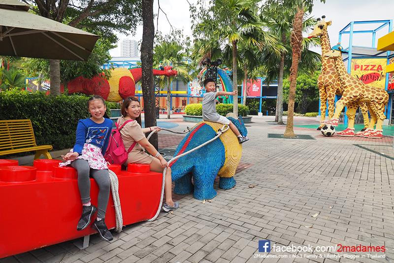 เที่ยวยะโฮร์บาห์รู,LEGOLAND,Hotel,Water Park,Johor Bahru,รีวิว,pantip,THOMAS TOWN,ANGRY BIRD,SANRIO HELLO KITTY TOWN,Premium Outlet,Super Heroes Cafe