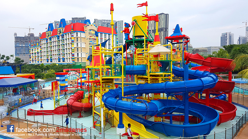 เที่ยวยะโฮร์บาห์รู,LEGOLAND,Hotel,Water Park,Johor Bahru,รีวิว,pantip,THOMAS TOWN,ANGRY BIRD,SANRIO HELLO KITTY TOWN,Premium Outlet,Super Heroes Cafe