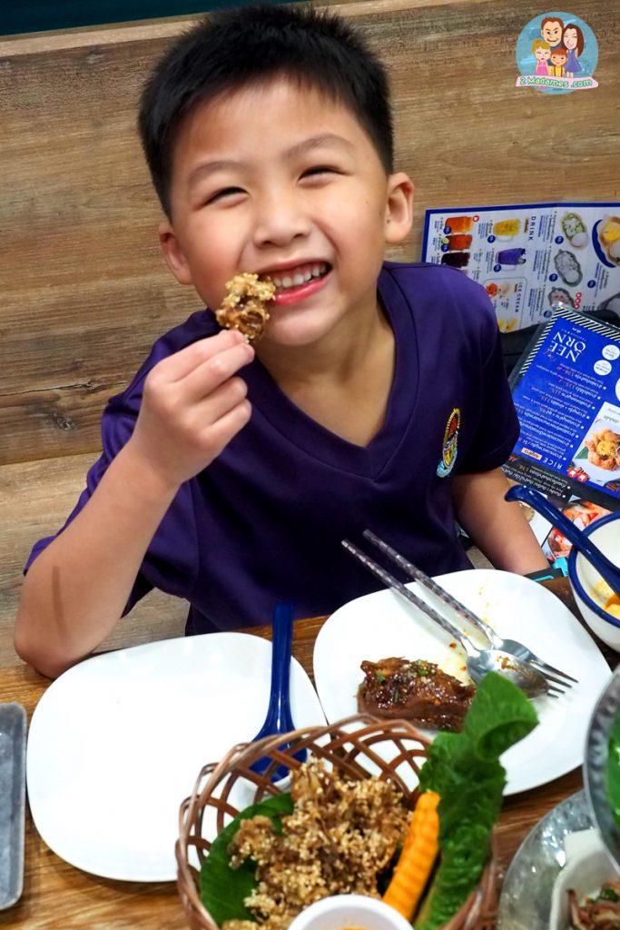 ร้านณีอร สยามสแควร์ ซอย 5,NEE ORN Thaifood Art,ร้านอาหารไทย,รีวิว,ราคา,แผนที่,pantip,wongnai,bkkmenu,tripadvisor