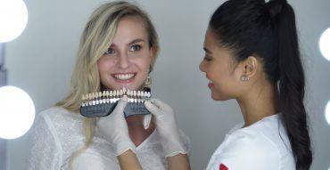 ฟอกสีฟัน,The Smile Bar,ฟันขาว,คลินิกฟอกสีฟัน,pantip